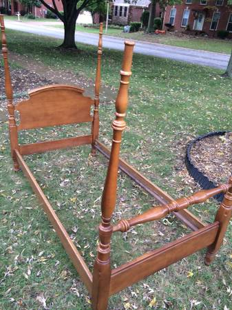 Antique Twin Four Poster Bed     $100     View on Craigslist