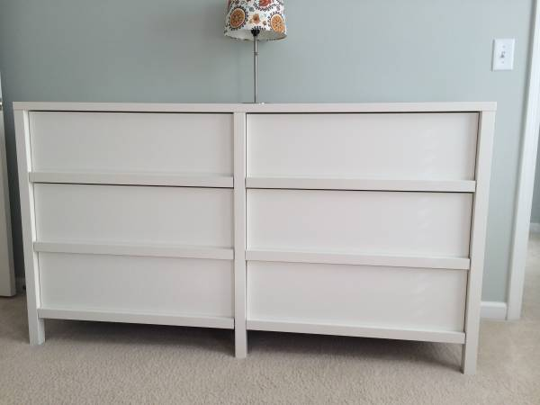 White Modern Dresser     $130     View on Craigslist