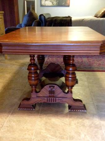 Antique Table with Hidden Leaf     $150     View on Craigslist