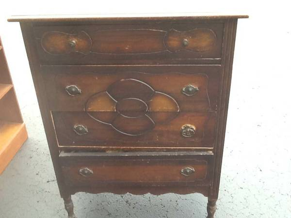 Antique Dresser     $75   Another great piece that just needs a coat of paint.    View on Craigslist