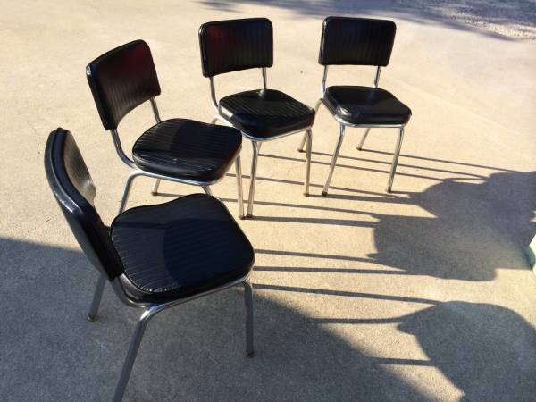 Set of 4 Retro Chairs     $120     View on Craigslist