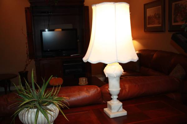 Antique Marble Lamp     $50   This lamp would look great with a new shade.    See on Pinterest      View on Craigslist