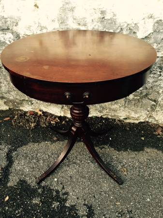 Round Accent Table     $35     View on Craigslist