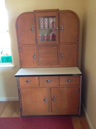 Vintage Hutch     $295     View on Craigslist