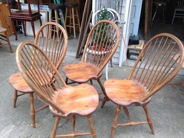 Four Windsor Chairs     $60   You can't go wrong with classic Windsor chairs around a kitchen table. These chairs are a great price and just need a coat of paint.     See on Pinterest      View on Craigslist
