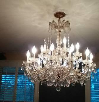 Vintage Crystal Chandelier     $200     View on Craigslist