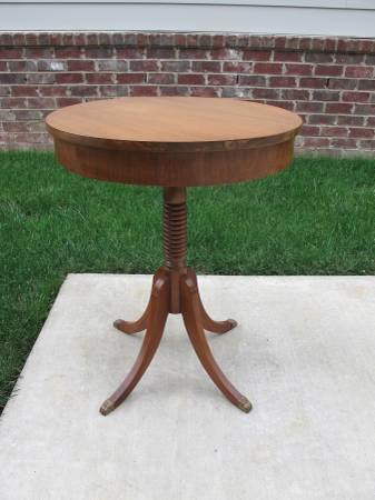 Round Accent Table     $75     View on Craigslist