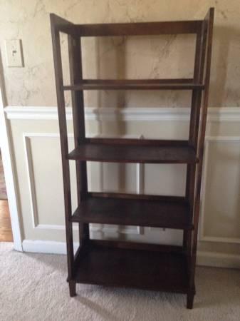 Bookshelf     $40     View on Craigslist
