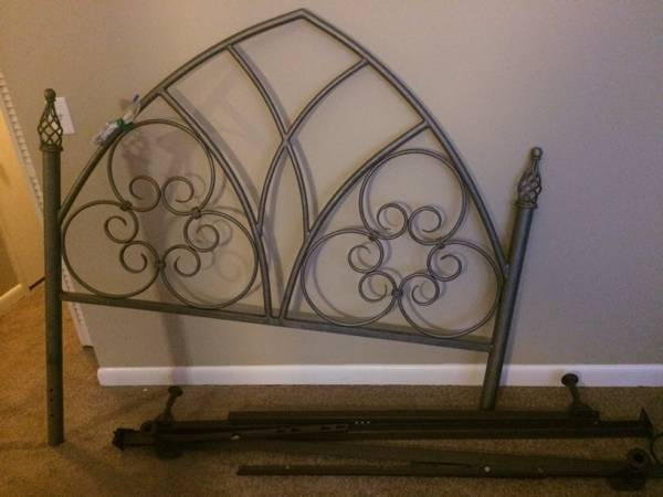 Queen Headboard     $45   I don't love this headboard as is but think it could be cute painted.    View on Craigslist
