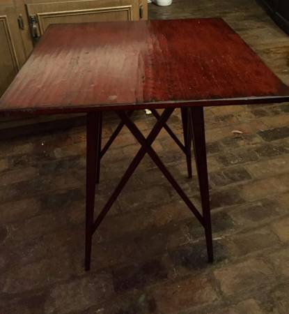 End Table     $50     View on Craigslist