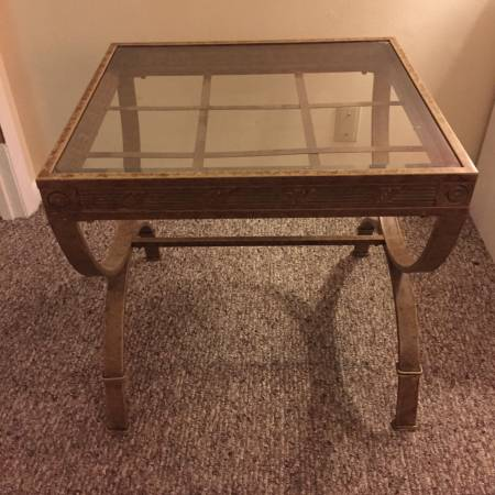 Glass Top Side Table     $15     View on Craigslist