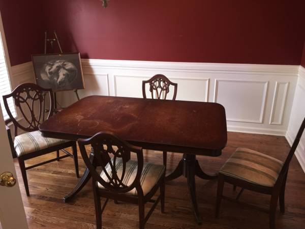 Dining Table and Chairs     $50   This is a great deal for this set and I love those shield back chairs.Looks like it could use a coat of paint and new seat fabric.    View on Craigslist