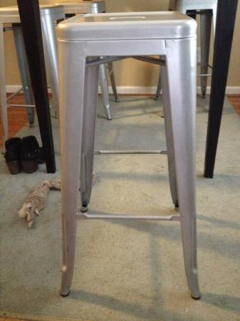 Set of 4 Stools     $100     View on Craigslist