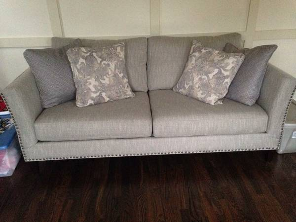 New Haverty's Sofa     $699     View on Craigslist