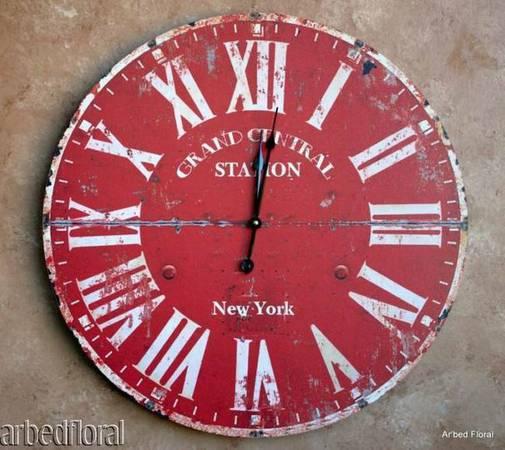 Large Clock     $30     View on Craigslist