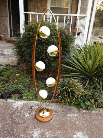 Mid Century Light     $340     View on Craigslist