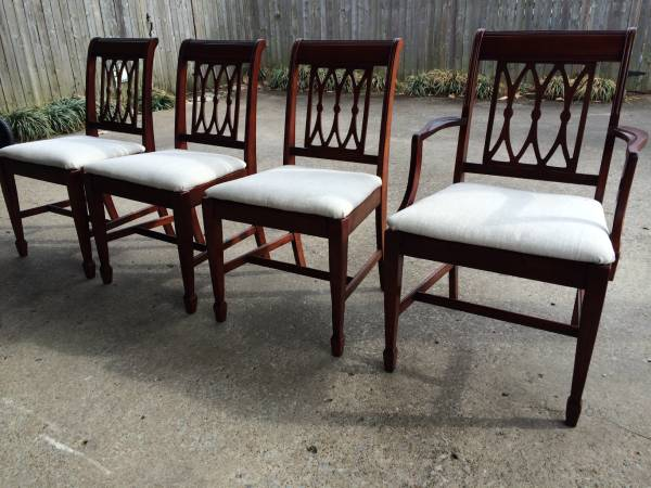 Dining Table and Chairs     $195     View on Craigslist