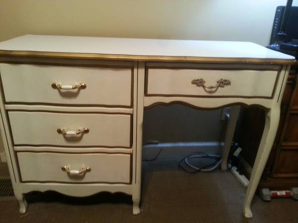 French Provincial Style Desk     $120     View on Craigslist