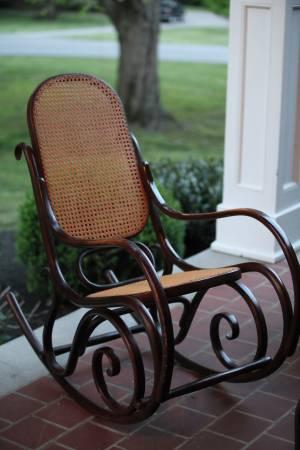 Bentwood Rocker     $50     View on Craigslist