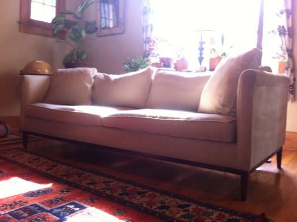 Cascadia Sofa     $500     View on Craigslist
