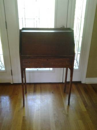 Antique Writing Desk     $65     View on Craigslist