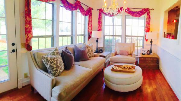 Living Room Set     $1200     View on Craigslist