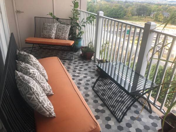 Outdoor Furniture Set    $275    View on Craigslist