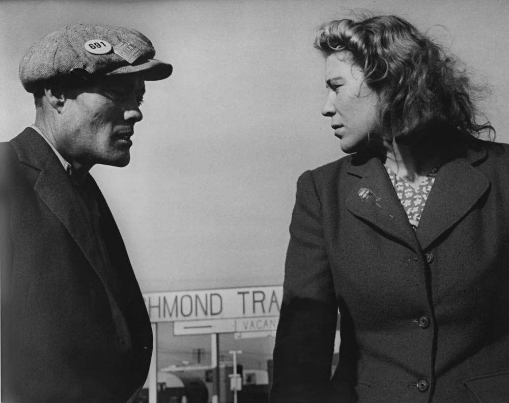 Argument in a Trailer Camp, Richmond, California [Young War Workers, Transplanted and in a Strange Town, Angered and Miserable] , 1944
