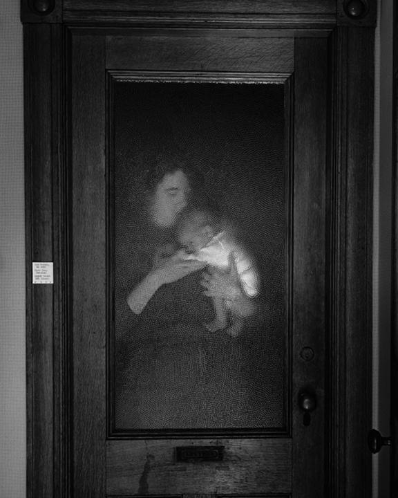 Lisa and Brady Behind Glass, 1986
