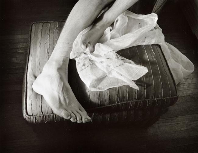 Callis-feet-and-material-650px.jpg