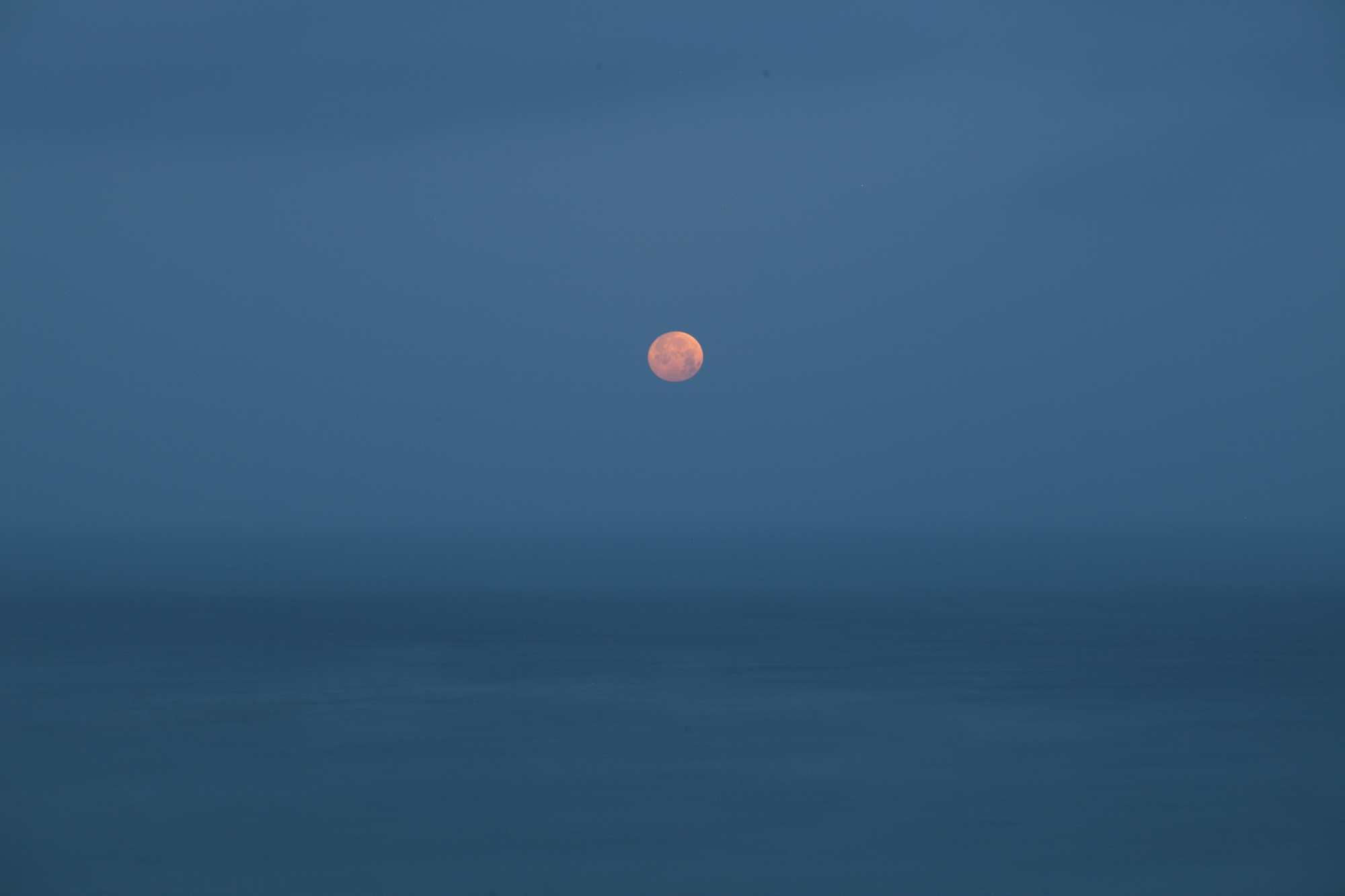 Ken Kitano ,  Sea, Palos Verdes CA , 2013; from  Watching the Moon