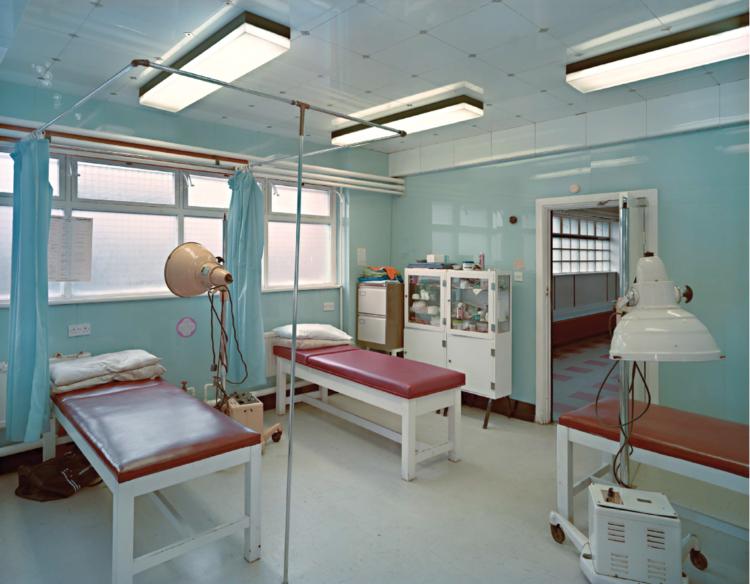 Jim Dow,  The treatment room at West Ham's Boleyn Ground , 1985