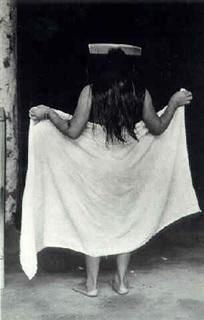 Graciela Iturbide    La niña del peine , Juchitán, Oaxaca, 1979  20 x 16 inch Silver Gelatin Print