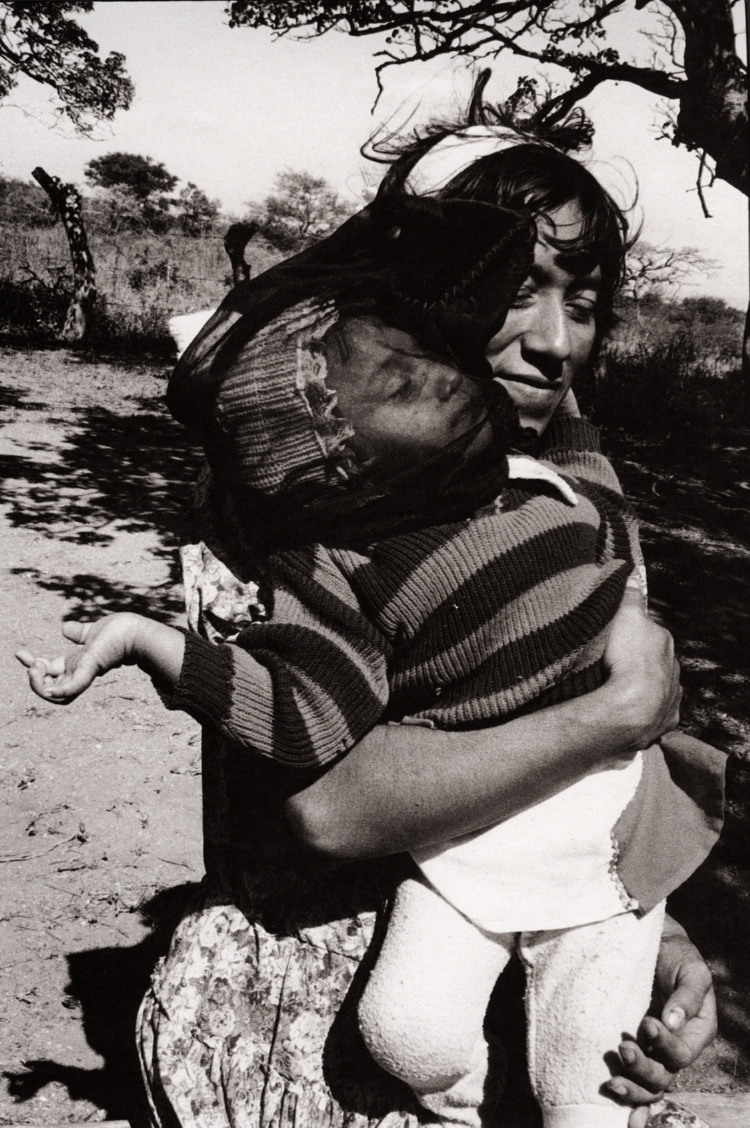 Graciela Iturbide    Velo negro para el viento , Juchitán, Oaxaca, 1988  13.5 x 10.25 inch Vintage Gelatin Silver Print