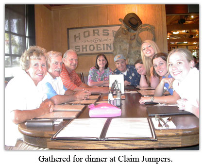Golf tournament attendees gather for dinner at Claim Jumper