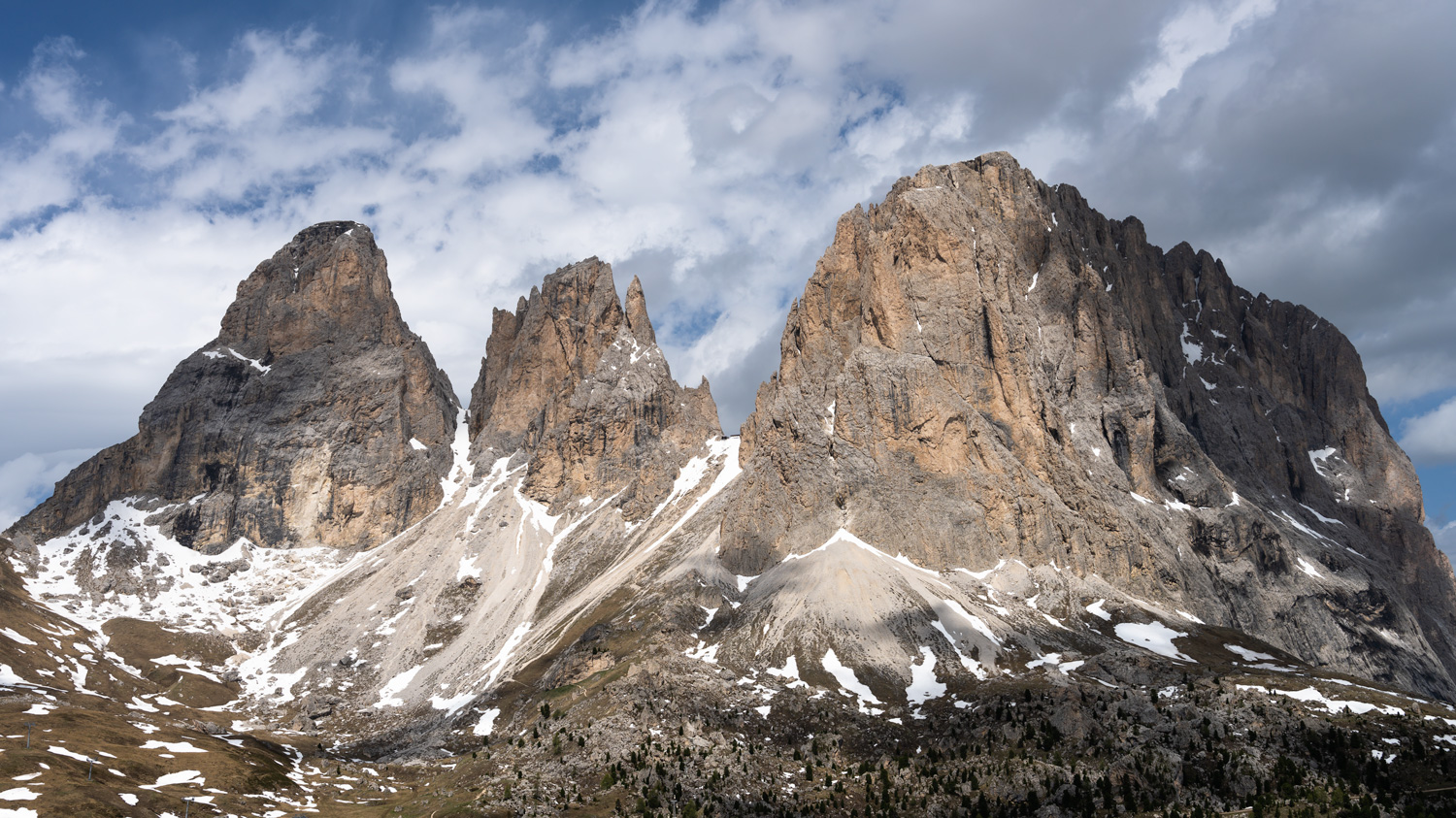 Sasso Piatto, Cinque Ditta & Sassolungo from the Sella Pass