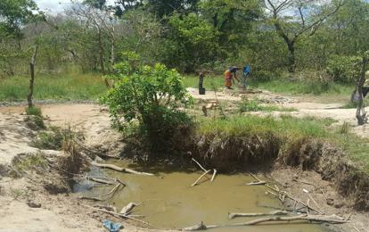 Original water hole at Dibabala Hamlet, Tunguli