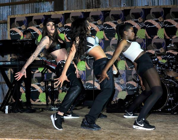 C+Cosmetics+SXSW+Party+Performance+Tinashe+k-81dW2o3UUl.jpg