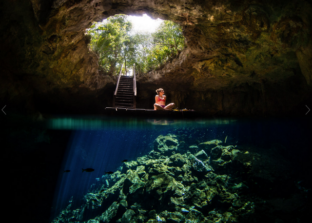 Photo by Tyler Roemer in a Méxican cenote.
