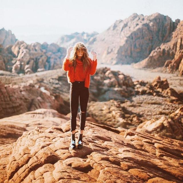 Emily-Gibbons-Jewelry-Oregon-Badlands-Photoshoot.jpg