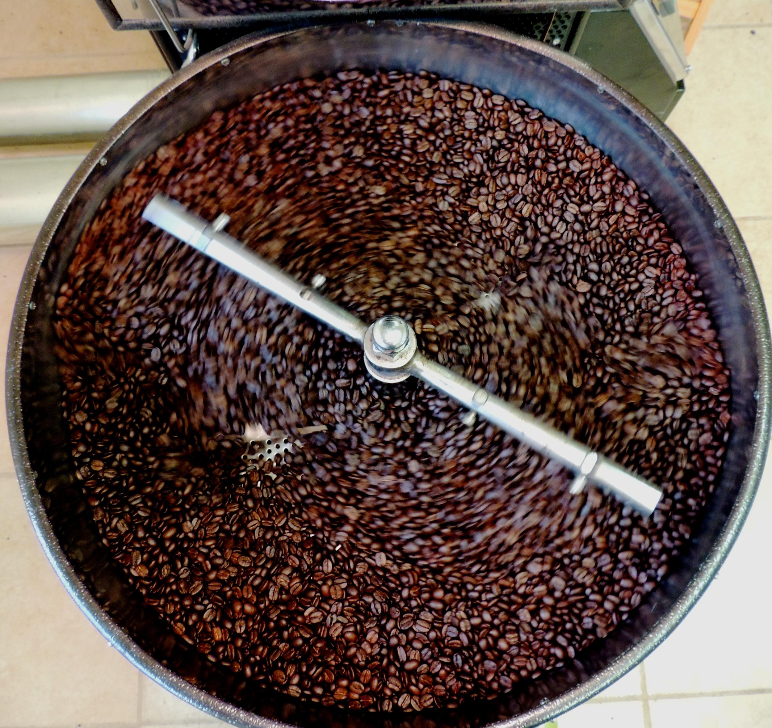 Roasting-coffee-HR.jpg