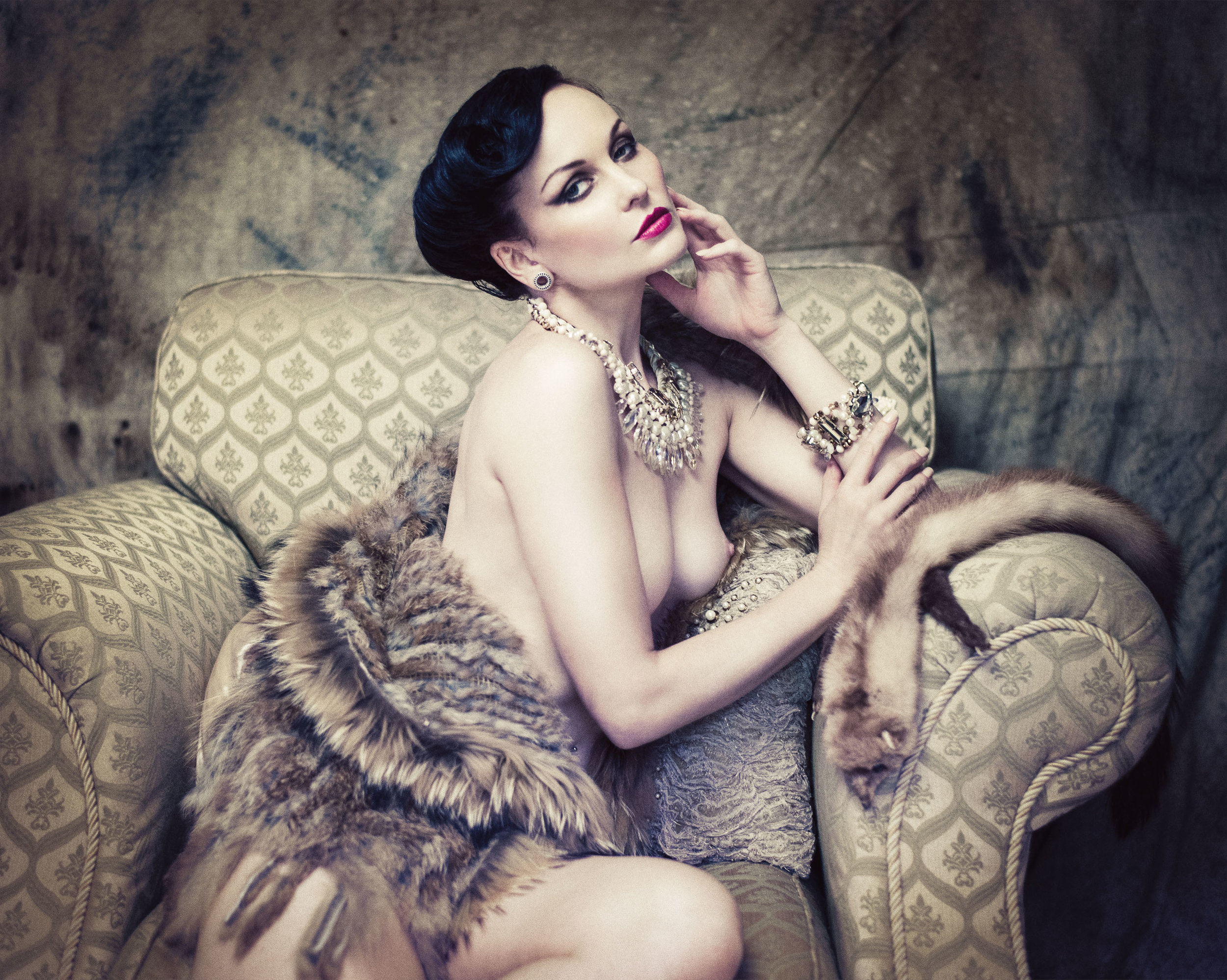 Model:  Anne Duffy  Hair & Makeup:  Burton Yuen  Styling:  Gian Designs