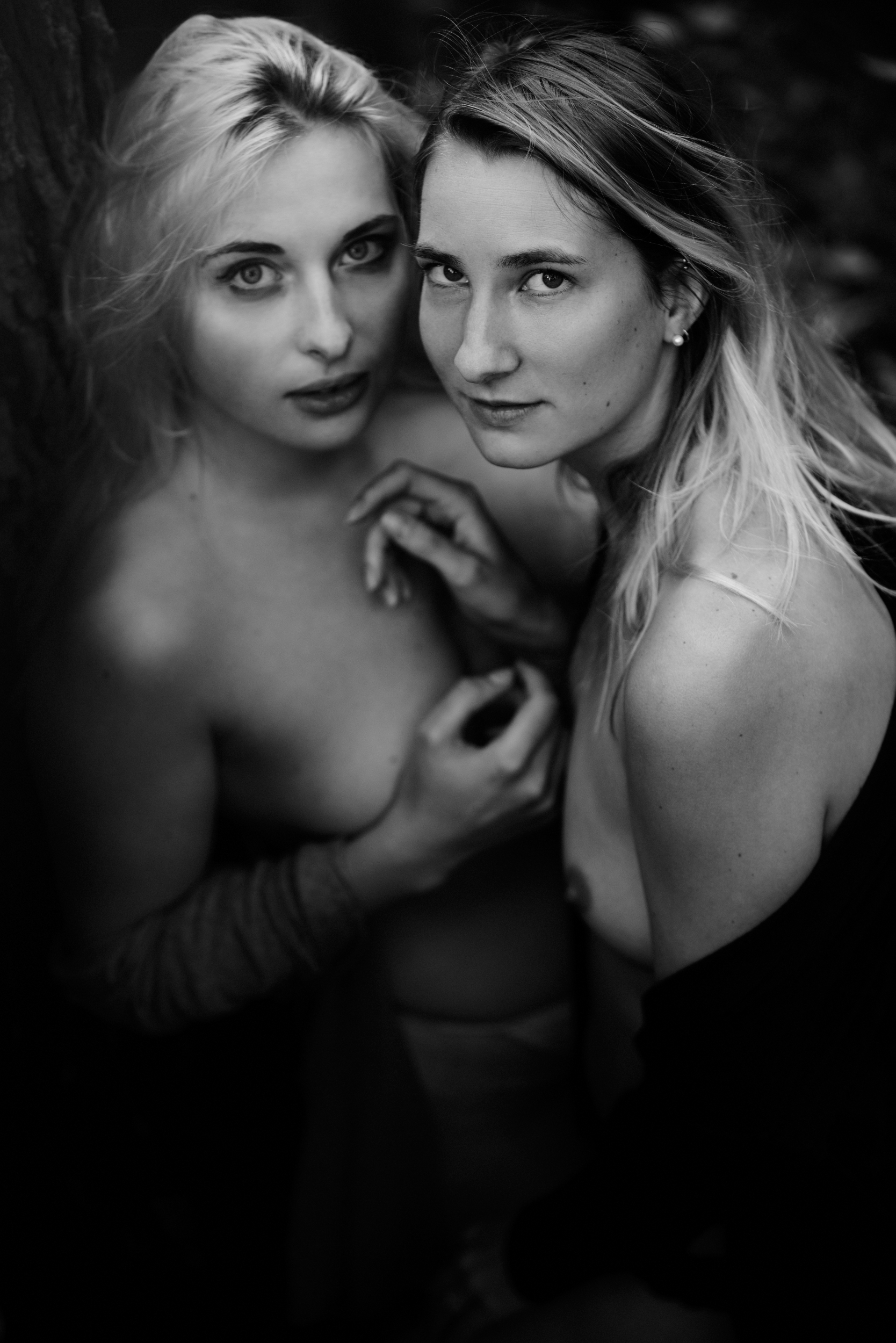 Aurora  &  Sofie  Blue Mountains, 2019