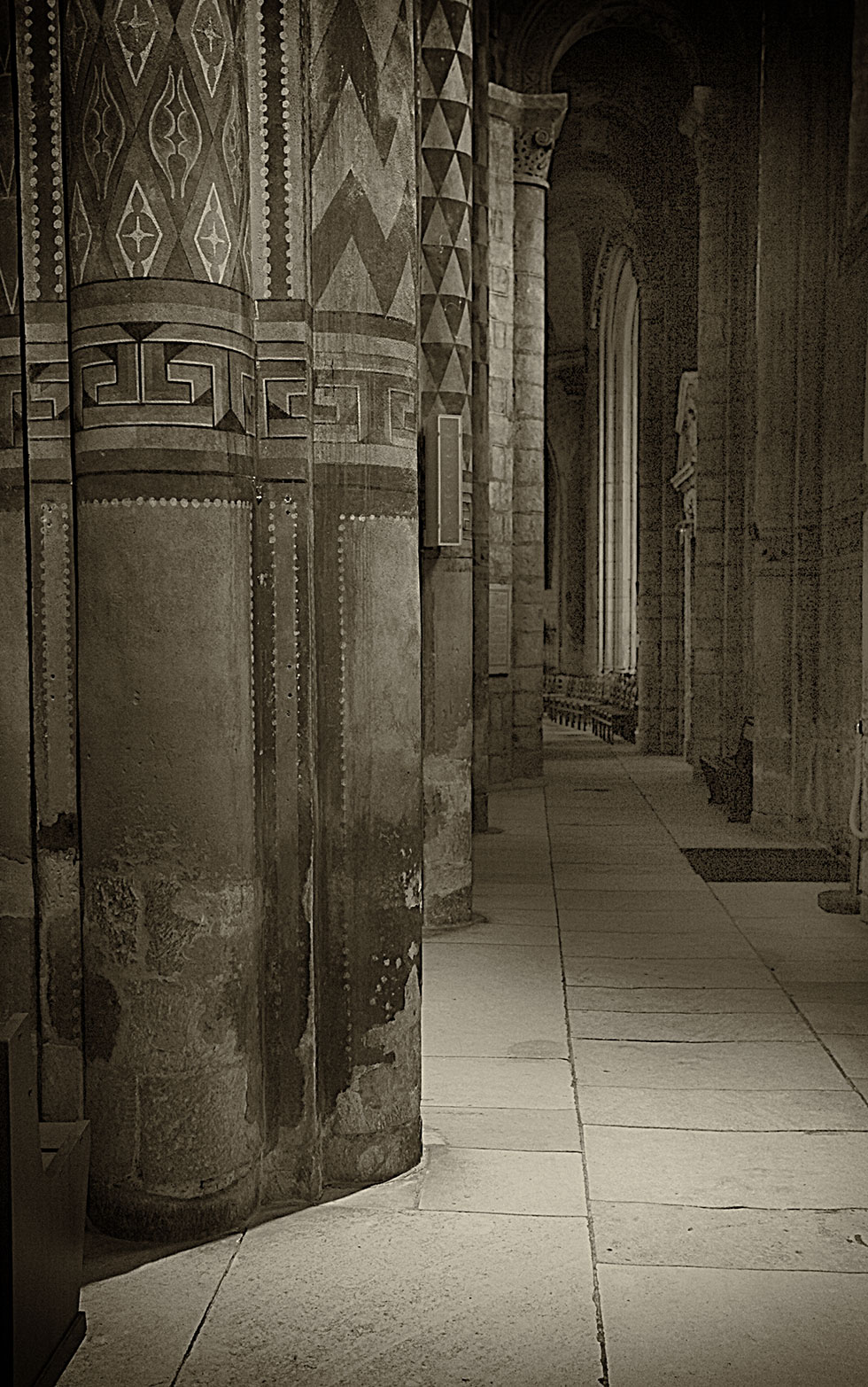 Notre-Dame-la-Grande-Poitiers-2.jpg