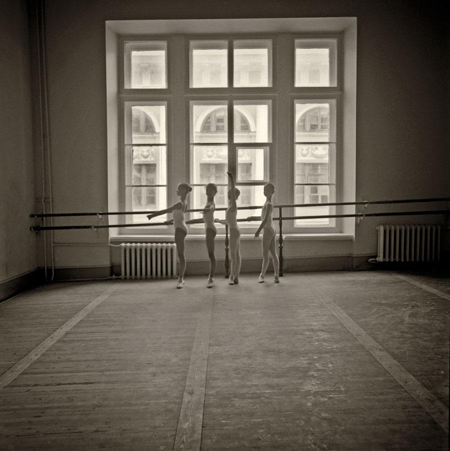 dancers-at-the-Vaganova.jpg