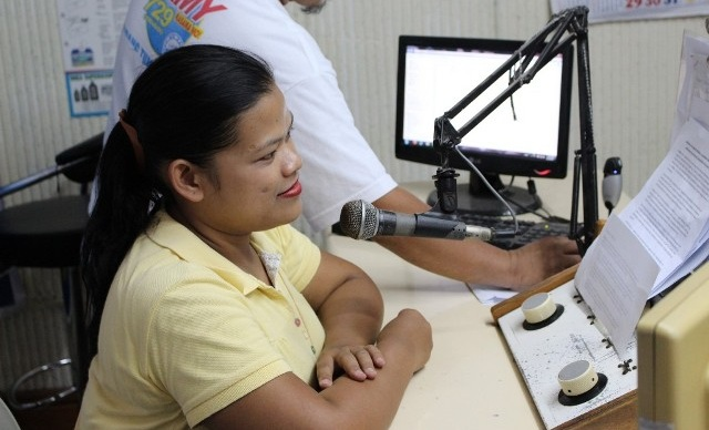 Radio Gandingan - Mindanao, Philippines - In Mindanao, Radio Gandingan (RG) is an educational and advocacy radio program that is produced by community members. Community Radio Volunteers (CRVs) from marginalised communities participate in the design, gathering and presentation of audio for radio programs. Listeners say the radio program has contributed to a reduction of community violence and an increase in positive family dynamics.Read More