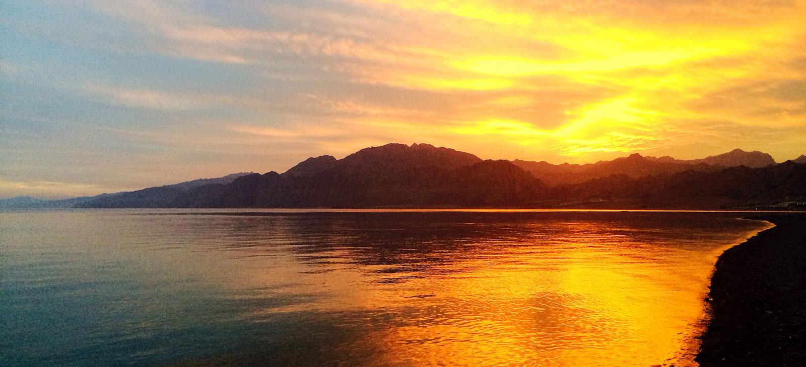 sunset-laguna-dahab.jpg