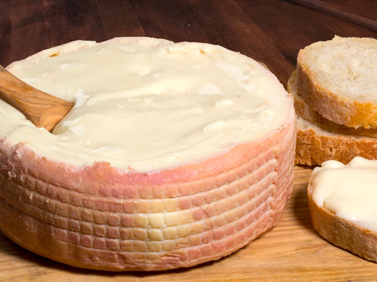 Torta Del Casar Raw Sheep`s Milk - (3 months)Torta Del Casar D.O.