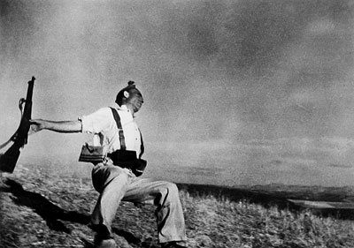 (Photo: Robert Capa)