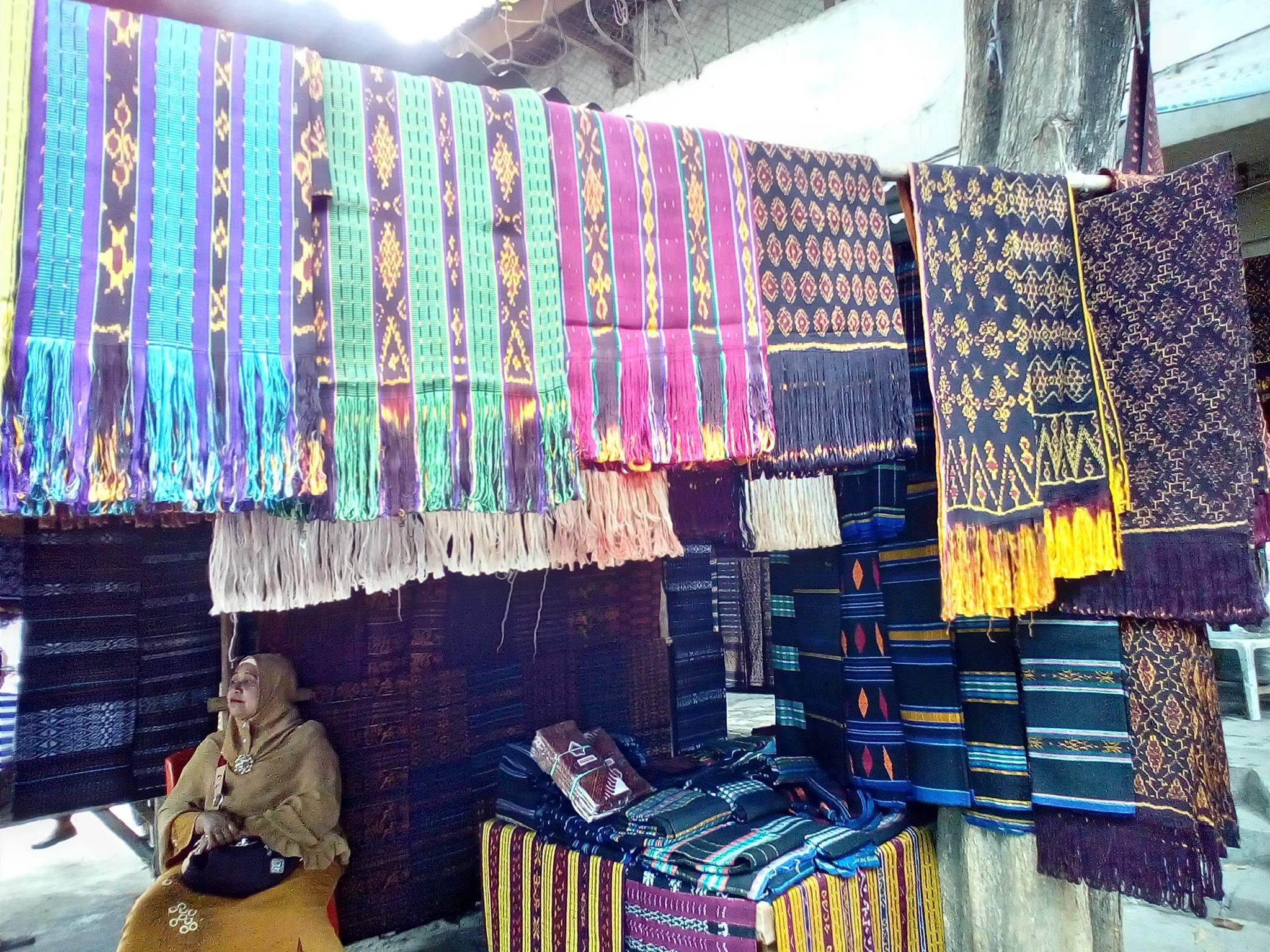 Tenun ikat from various villages around Nusa Tenggara Timur - UniBRIDGE